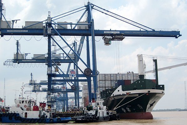 VN National Assembly wants trade not to run into deficit deeper than 3% of exports