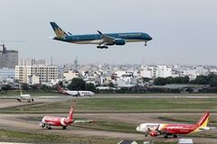 More airlines join market, create infrastructure bottlenecks