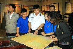 Triển lãm bản đồ và tư liệu về Hoàng Sa, Trường Sa tại Kon Tum