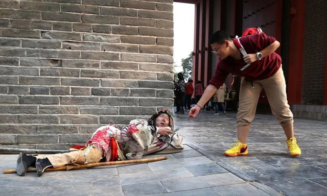 Làm ăn xin suốt 8 năm, chàng trai mua nhà thành phố, lấy vợ đẹp Dong-gia-an-xin-suot-8-nam-2