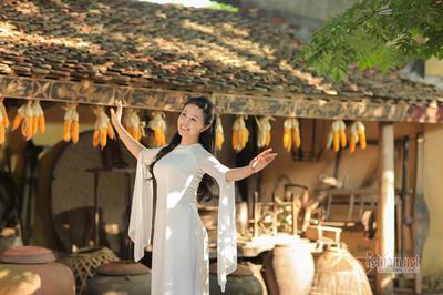 Lương Hải Yến nói lời 'Cảm ơn mẹ' trong MV đầu tay