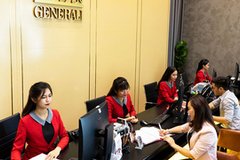 Foreign investors eye Vietnamese promising insurance market