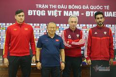 """HLV Park Hang Seo: """"UAE sẽ chơi tất tay trước tuyển Việt Nam"""""""