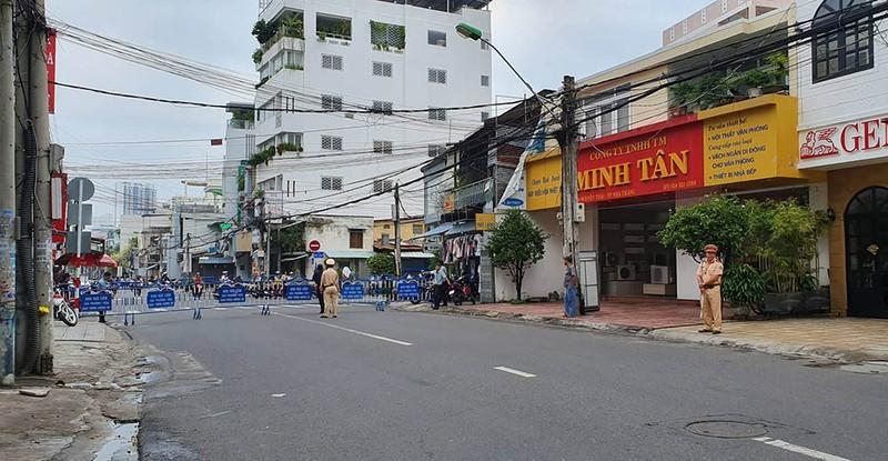 An ninh thắt chặt tại phiên xử vợ chồng LS Trần Vũ Hải ở Nha Trang
