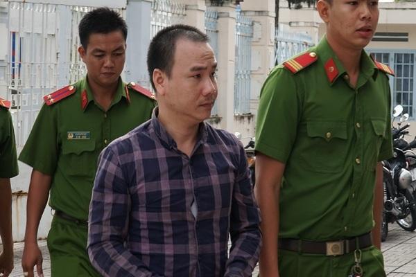 Tài xế container ngủ gật làm 5 người chết ở Tây Ninh bị phạt 14 năm tù