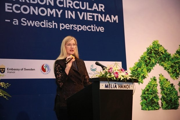 circular economy,workshop,no-carbon,Swedish Embassy,Ministry of Natural Resources and Environment,Hanoi Peoples Committee,Deputy Minister of Natural Resources and Environme,socio-economic conditions,GDP