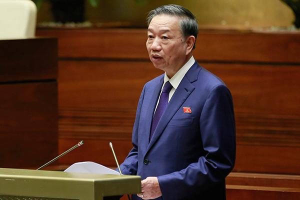 Bộ trưởng Tô Lâm xúc động trước đề nghị dựng tượng cảnh sát PCCC