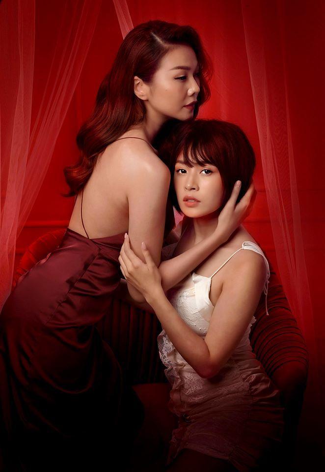'Chị chị em em' tung ảnh nóng bỏng của Thanh Hằng - Chi Pu