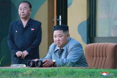 Kim Jong Un thề trả đũa Mỹ - Hàn tập trận