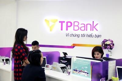 Phó Giám đốc chi nhánh ngân hàng chiếm đoạt 5 sổ tiết kiệm tiền tỷ