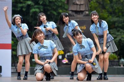 Nhóm nhạc nổi tiếng Nhật Bản AKB48 sang Việt Nam