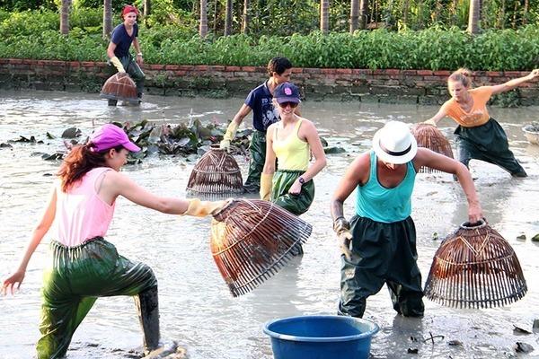 Nông thôn mới kiểu mẫu gắn với phát triển du lịch cộng đồng