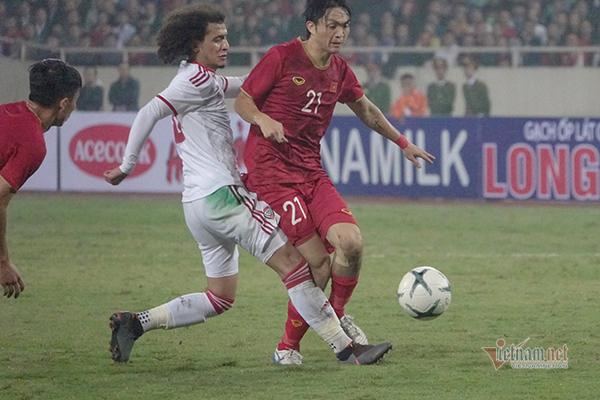 Tuyển Việt Nam,Việt Nam vs UAE,HLV Park Hang Seo,Vòng loại World Cup 2022,Tiến Linh