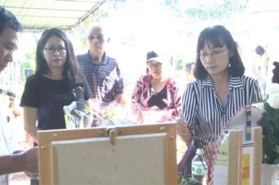 Nghi án cha giết 2 con ở Vũng Tàu, camera ghi cảnh đưa 2 con lên taxi