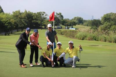 Golfer Nguyễn Hữu Hoàng giật HIO tại giải golf 12 tỷ đồng