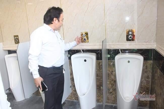 Hiệp hội nhà vệ sinh lên tiếng vụ đập bỏ nhà vệ sinh 1,6 tỷ miễn phí ở Bình Dương