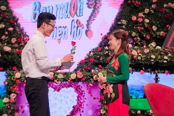 Lần đầu làm bà mối, diễn viên Hồng Vân kết duyên cho cặp đôi gãy đổ