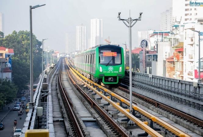 Vietnam's GDP is high, but uncertainties exist: economists