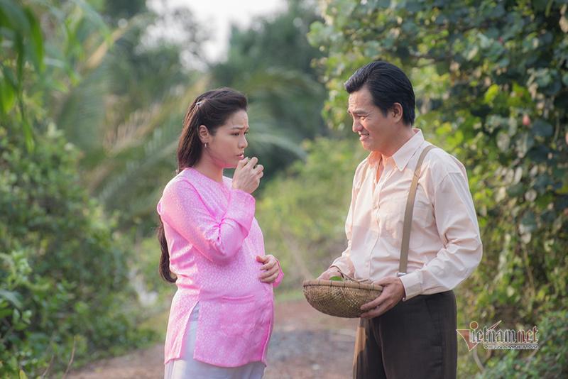 Sau 'Tiếng sét trong mưa', Cao Minh Đạt bán mỹ phẩm giúp vợ đắt hàng