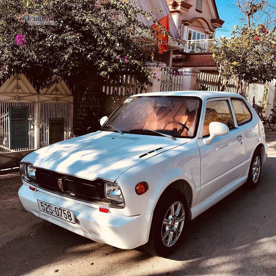 Ô tô Honda 40 năm tuổi 'hét' giá 120 triệu ở Sài Gòn