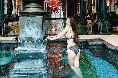 'Gái ngành hot nhất màn ảnh Việt' đời thực mặc hot hơn trên phim