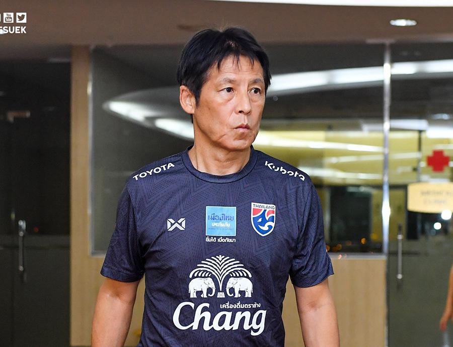 Thái Lan âm thầm 'luyện công' ở khách sạn chờ đấu tuyển Việt Nam