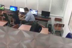 Thực hư clip nghi vấn thầy giáo sàm sỡ nữ sinh lớp 7 trong giờ tin học
