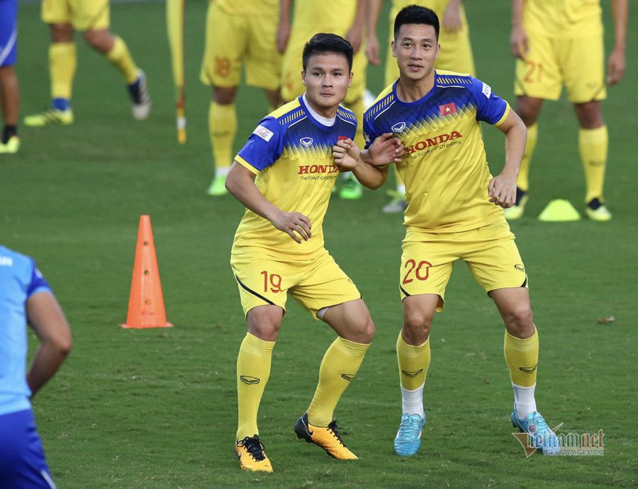 HLV Park Hang Seo đăm chiêu nghĩ kế đấu Thái Lan