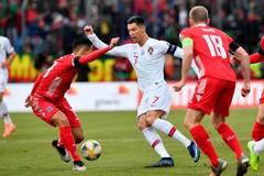 Luxembourg 0-1 Bồ Đào Nha: Tấn công ghi thêm bàn thắng (H2)