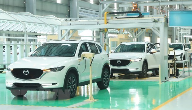 Vietnam to give tax incentives to automobile manufacturers, electric car imports