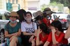 Giáo viên Hà Nội chờ đợi gần 3 giờ để thi viên chức