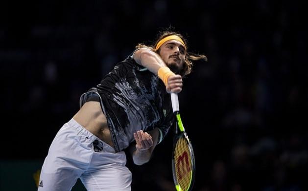 Thắng nghẹt thở Thiem, Tsitsipas lần đầu vô địch ATP Finals