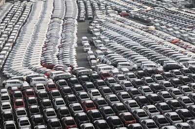 Hàng rào kỹ thuật không cản nổi ôtô nhập khẩu tràn vào Việt Nam