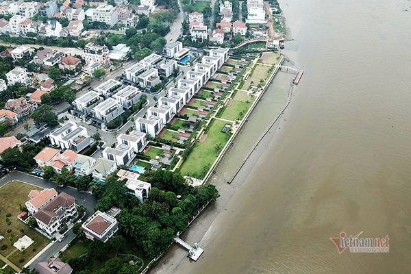 """Hành lang bảo vệ sông Sài Gòn ở Thảo Điền bị giới nhà giàu """"độc chiếm"""" ra sao?"""
