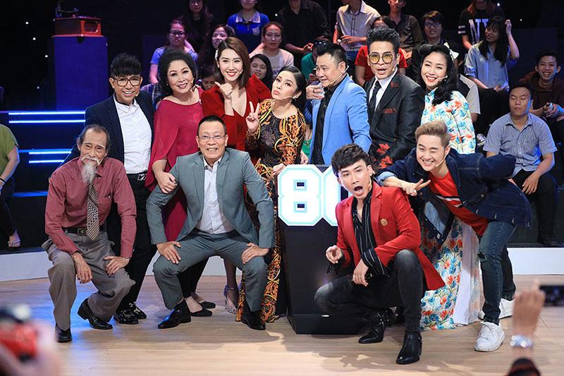 Lại Văn Sâm sau 2 năm về hưu đắt show, thu nhập cao hơn đương chức