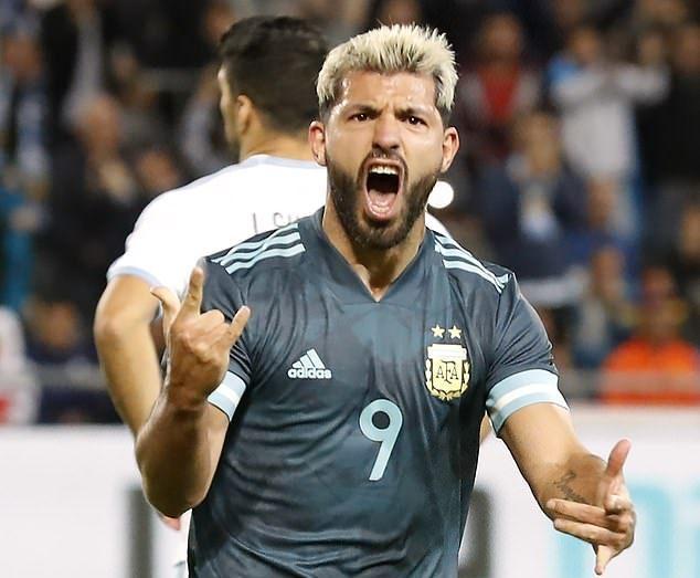 Argentina,Uruguay,Messi,Suarez