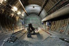 Đột nhập nghĩa địa phóng xạ gánh 'lời nguyền' chết chóc