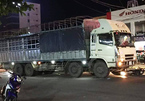 Xe biển Lào gây tai nạn liên hoàn ở Nghệ An, vợ chết, chồng nguy kịch