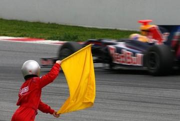 Ý nghĩa các loại cờ trong giải đua F1 - cờ VN có thể là cờ xuất phát