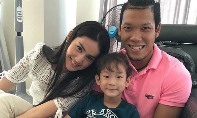 WAG Thái Lan,tuyển Thái Lan