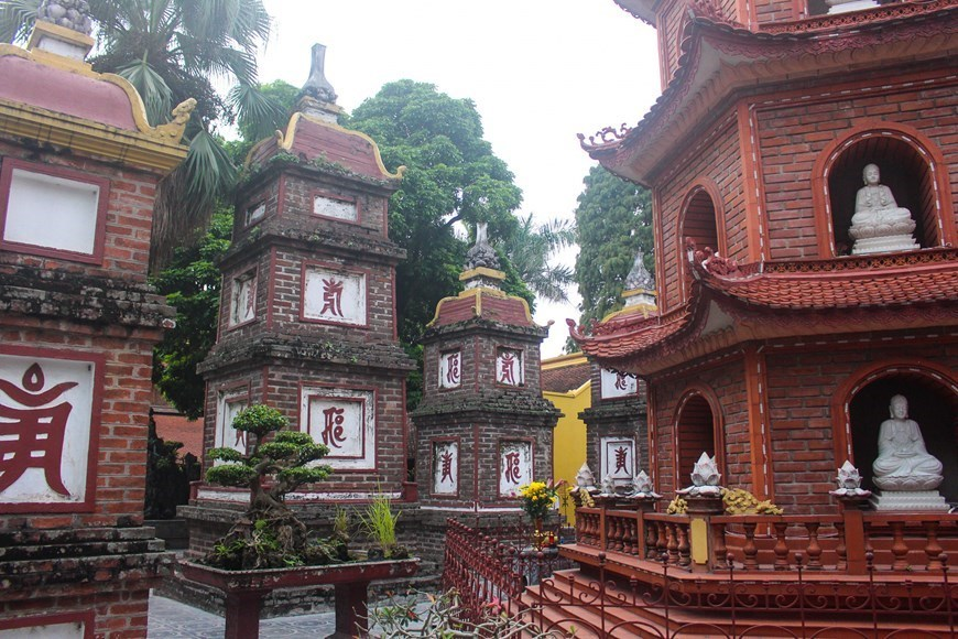 Ancient beauty of oldest pagoda in Hanoi
