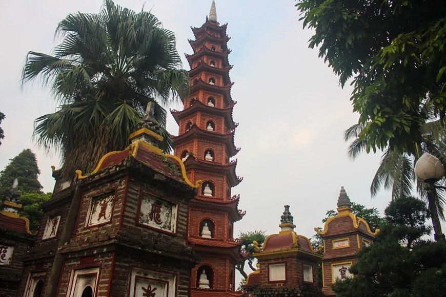 Tran Quoc pagoda,hanoi,oldest pagoda in hanoi,buddhism,travel news,Vietnam guide,Vietnam tour