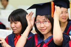 Vietnamese students contribute nearly $1bn to US economy