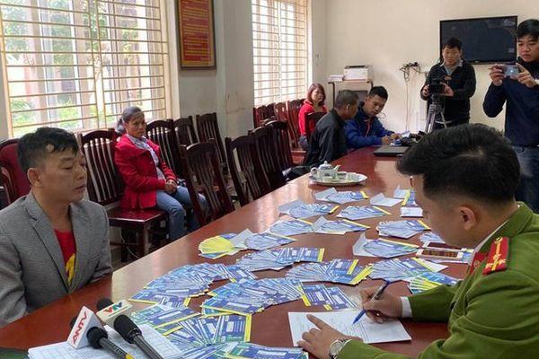 Bắt 5 đối tượng, thu gần 1.000 vé giả trận Việt Nam - Thái Lan