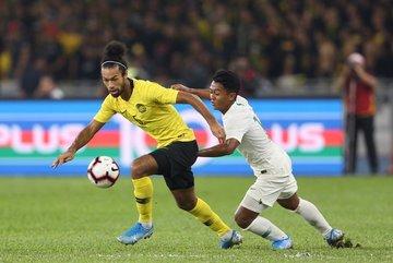 Bóng đá Đông Nam Á tiếp tục gây ấn tượng ở vòng loại World Cup