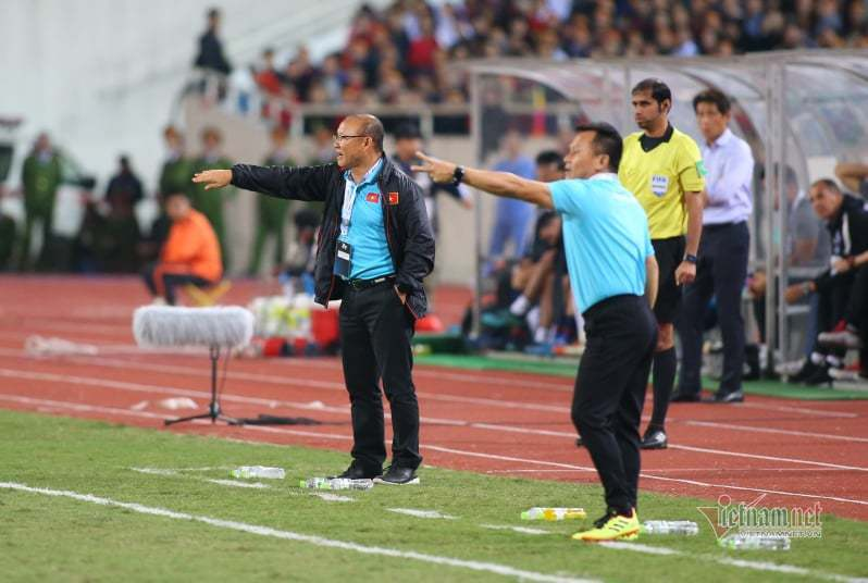 Tuyển Việt Nam,tuyển Thái Lan,HLV Park Hang Seo,HLV Akira Nishino