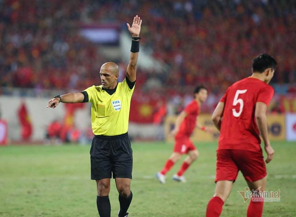 Cựu trọng tài Dương Văn Hiền: 'Tuyển Việt Nam mất oan bàn thắng'