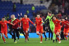 Ramsey chói sáng, Giggs đoạt vé dự EURO 2020 cùng xứ Wales