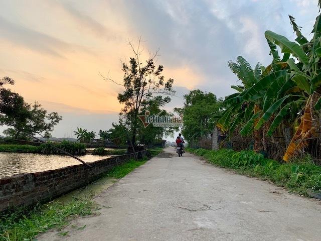 1.200 hộ dân xã nghèo Nam Hòa hiến đất làm Nông thôn mới