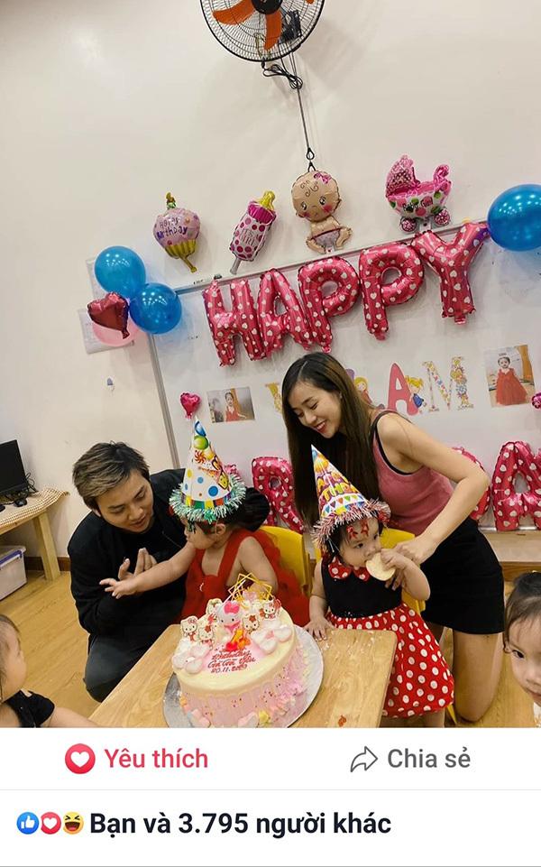 Vợ chồng Hoài Lâm lần đầu công khai 2 con gái xinh xắn